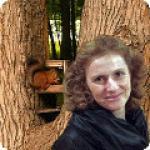 Елена Аксиневич. Тренер по скандинавской ходьбе в Измайловском парке.